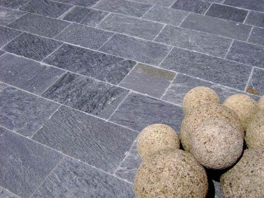 Bodenbelage Natursteine Aus Aller Welt Kaufen Mm Naturstein Gmbh