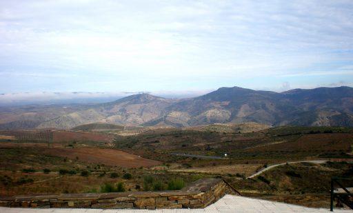Schier-Grafit beziehen wir aus unserem Steinbruch in Portugal